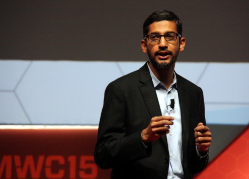 Sundar Pichai, Google's Vice President, at Barcelona's Mobile World Congress (by J. R. Torné)