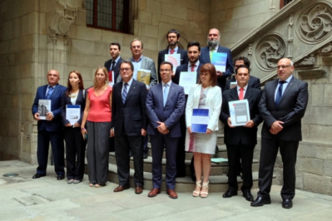 The presentation of Catalonia's own tax administration (by J. R. Torné)