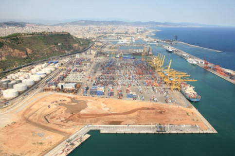 TCB's facilities at Barcelona's Port (by J. Torné)