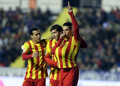 Tello scored his first hat trick with Barça (by FC Barcelona)