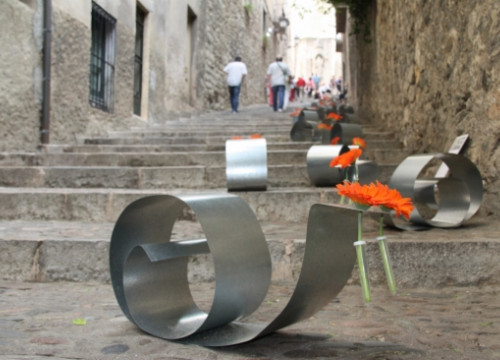 Flowers exhibitions were held throughout Girona's old town (by N. Guisasola)