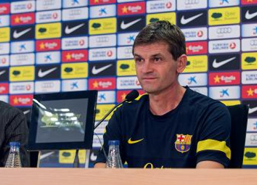 Tito Vilanova at the press conference before the Deportivo vs Barça game (by FC Barcelona)