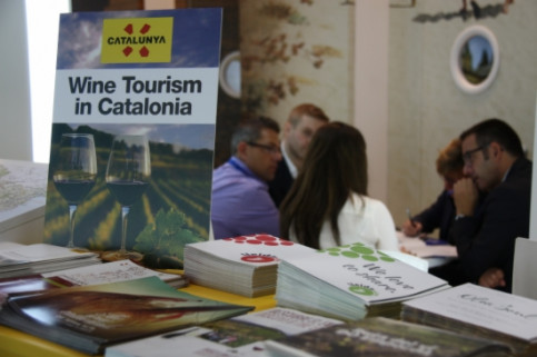A corner of Catalonia's stand in London's WTM 2014 promoting wine tourism (by L. Pous)