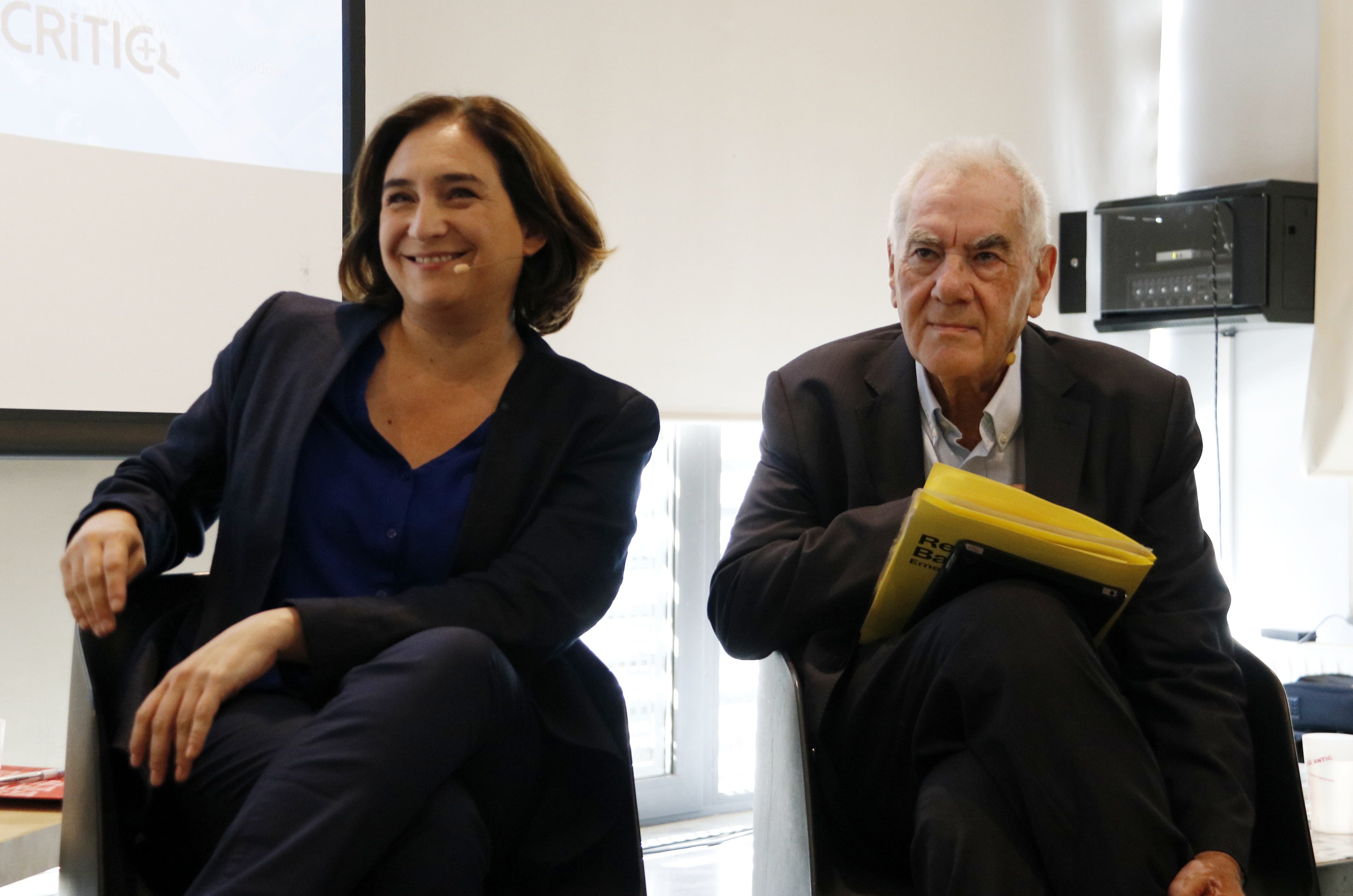 Barcelona mayor Ada Colau (left) and ERC's local leader Ernest Maragall (by ACN)