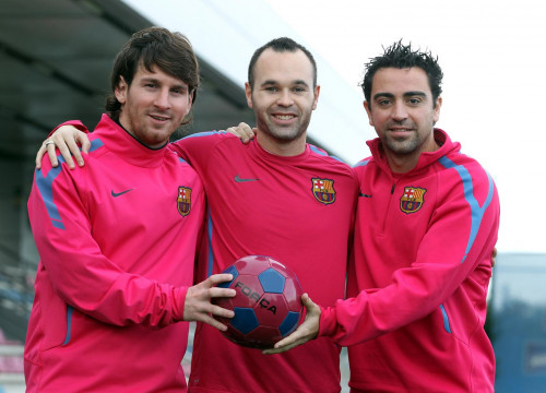 Messi, Iniesta and Xavi, the best positioned to win the award (by FC Barcelona)