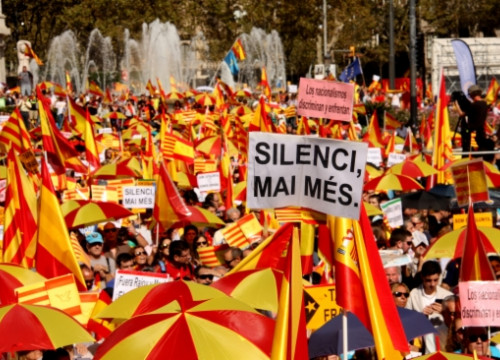 The main demonstration organised by Spain's unity supporters in Barcelona on October 12 (by J. Ustrell)