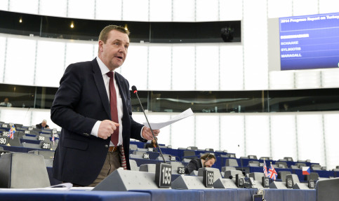 Mark Demesmaeker, MEP of the Flemish nationalist party N-VA, in the European Parliament (by European Parliament)