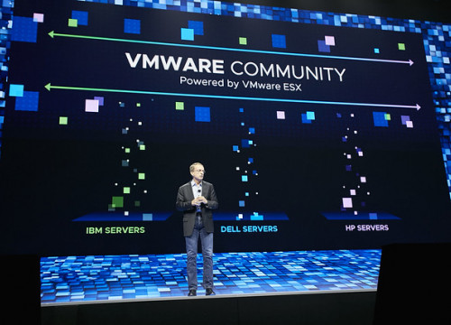 Image of a VMware event in 2018 (by VMWare)