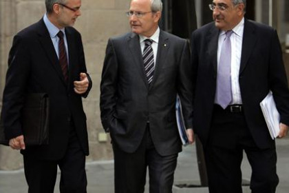 The Catalan ministers Castells, Montilla and Nadal at the Generalitat.