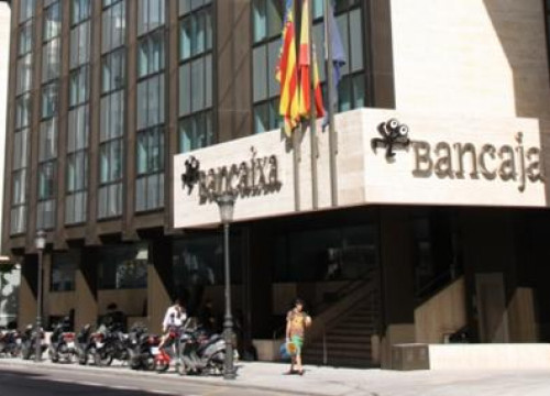 Photo of Caixa Laietana to merge with Caja Madrid, Bancaja and four others