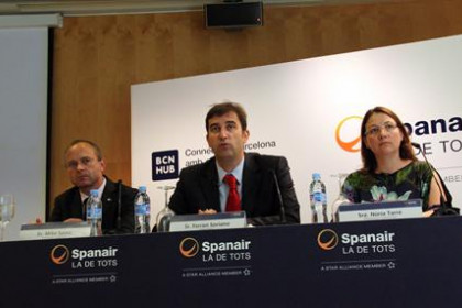 Ferran Soriano, president of Spanair, accompained by Commercial Director, Núria Tarré, and CEO Mike Szucs