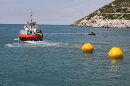Buoys were used to transport the artificial reef modules to the seabed.