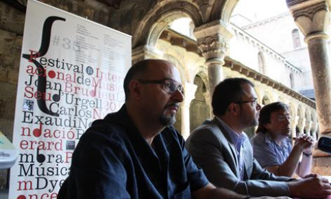 The presentation of the Music Festival at the cloister of La Seu's cathedral