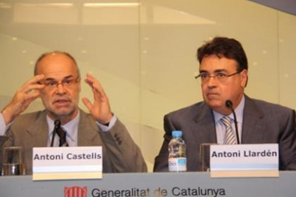 Catalan minister for the Economy, Antoni Castells, and the president of Enagas, Antoni Llarden