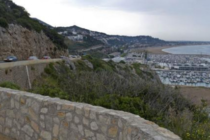 Image of the coastal urban development near Sitges