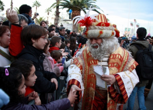 Melcior says 'Hello!' to the children in Barcelona (by ACN)