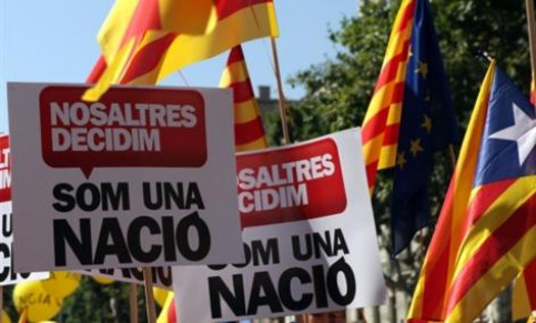 Catalan flags and banners in favour of the Catalan nation