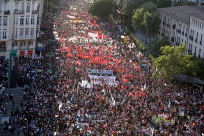 The protest against the cuts in Valencia (by ACN)