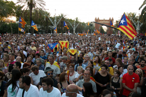 Thousands attended the first big event of 'Junts pel Sí' (by ACN)