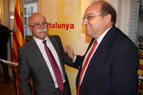 Catalan Delegate to France, Apel·les Carod-Rovira (left), and Spanish Ambassador in Paris, Francisco Villar (right)