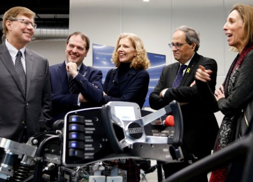 Catalan business minister Ángels Chacòn (far right) and president Quim Torra (to her left) visit Monolithic Power Systems in California on January 15 2019 (by Norma Vidal)