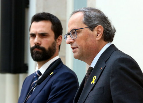 Catalan president Quim Torra (right) and parliament speaker (left) speak on November 2 2018 (by Pere Francesch)