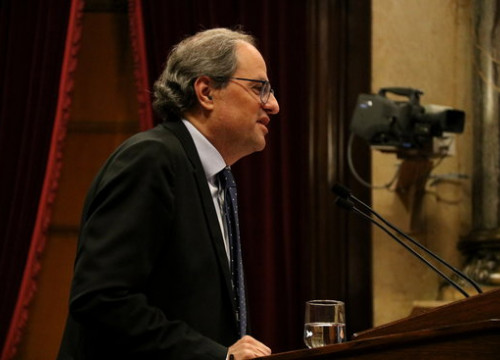 Catalan president Quim Torra speaks at the parliament lectern on October 10 2018 (by Guifré Jordan)