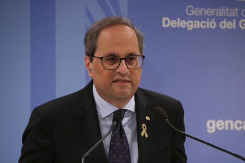 Catalan president Quim Torra speaks to the press after the independence trial ends on June 12 (Andrea Zamorano/ACN)