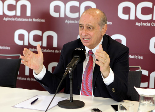PPC's candidate for Barcelona in the Spanish Elections, Current Spanish Minister for Home Affairs, Jorge Fernández Díaz, on a press conference at CNA headquarters (by ACN)