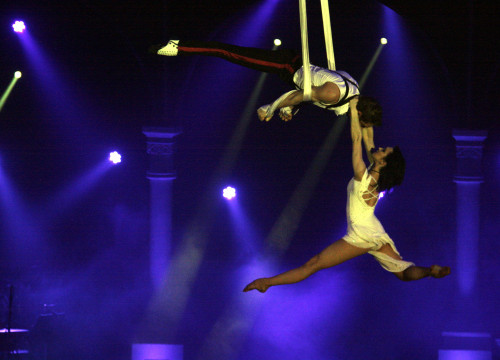 Image of a circus performance at Figueres International Circus festival, in 2014 (by ACN)