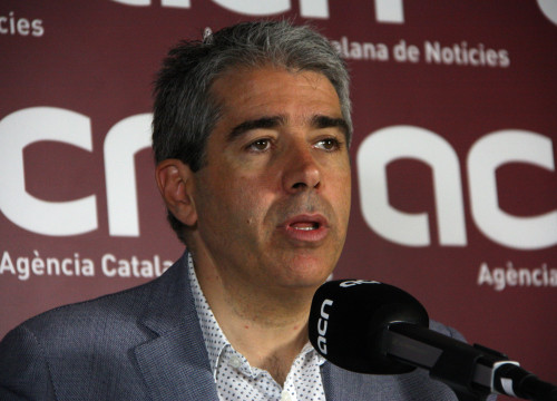 Convergència's candidate for the Spanish Elections, Francesc Homs, during a press conference at CNA headquarters (by ACN)