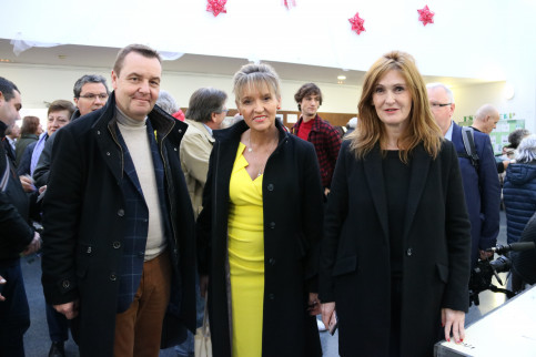 Members of the European Parliament visit Catalonia on election day: Mark Demesmaeker, Martina Anderson and Marie-Pierre Vieu (by ACN)