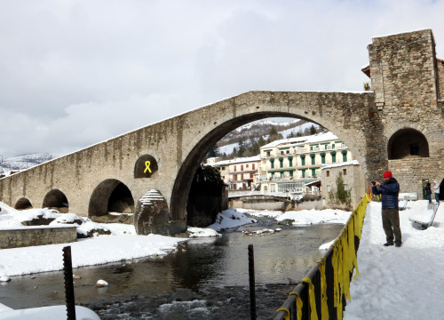 Image of Romanesque bridge in Pyrenees town of Camprodon (Gemma Tubert/ACN)