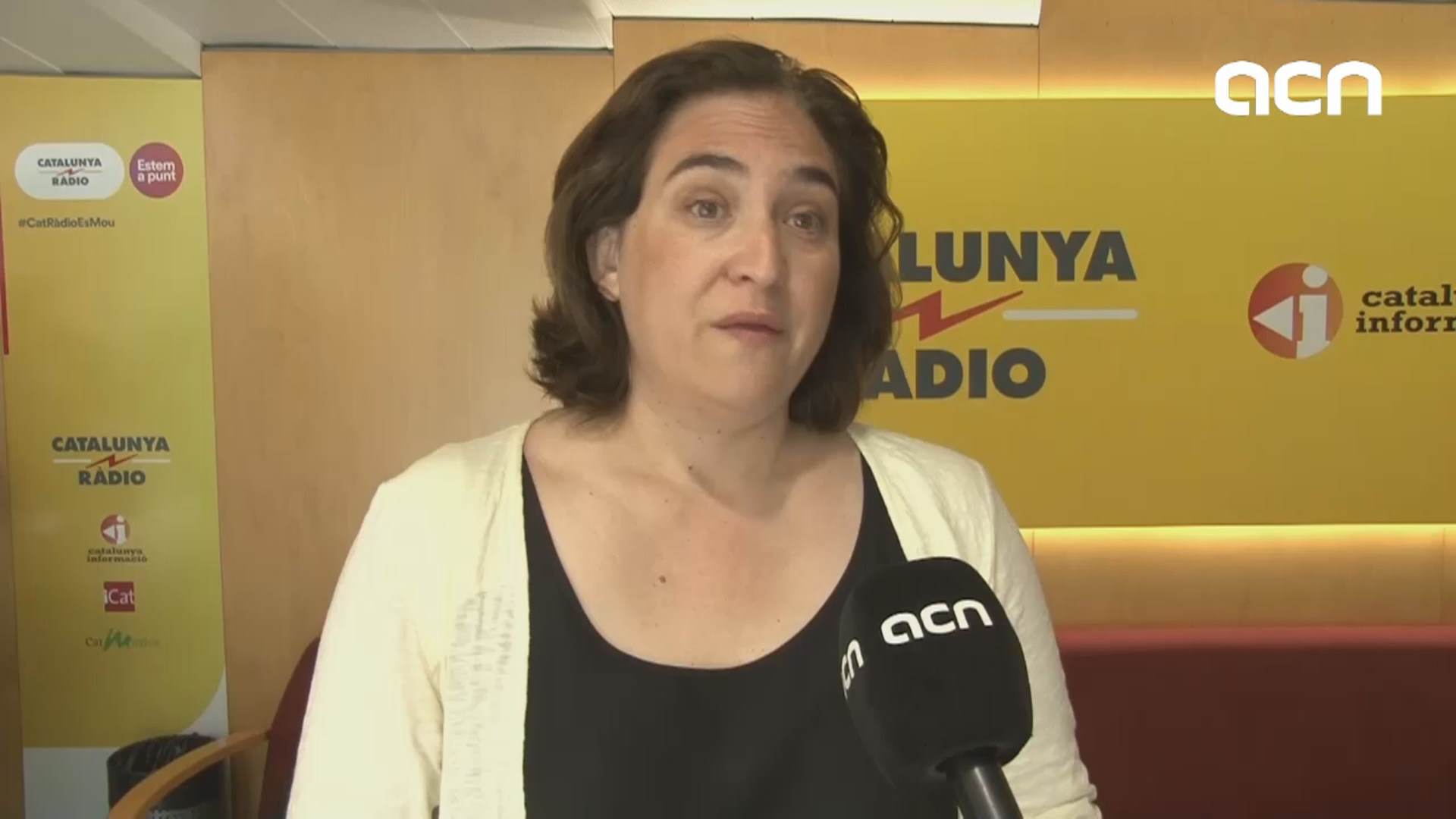 """Barcelona is a solidarity city,"" says  mayor Ada Colau on reception of Open Arms rescued migrants"