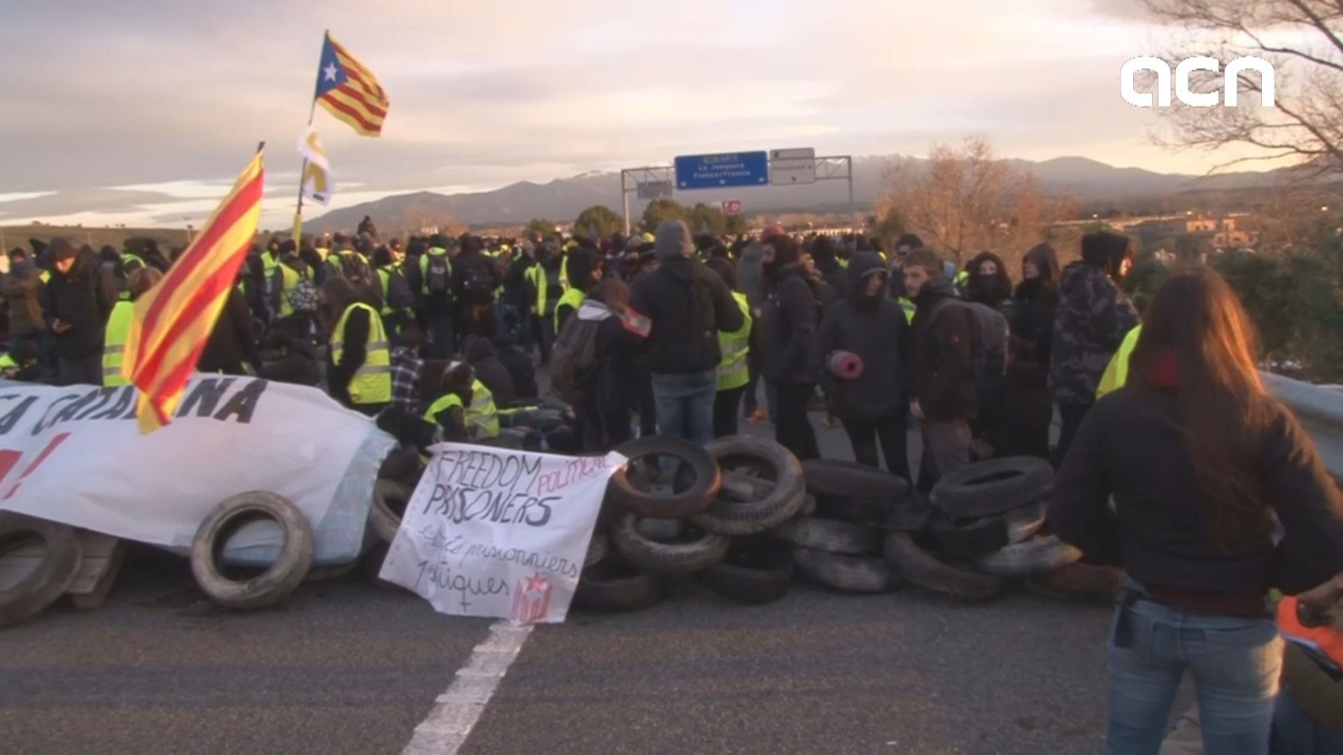 Protests throughout Catalonia demanding release of imprisoned leaders