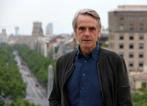 Jeremy Irons on the rooftop of a Barcelona hotel on April 29 2019 (by Pau Cortina)