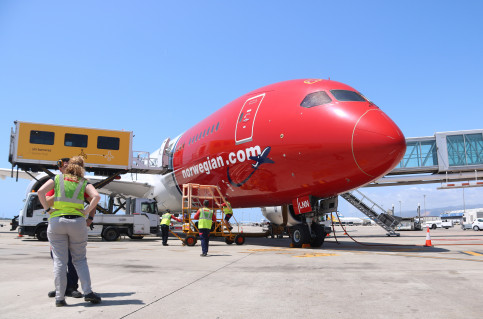 Norwegian Airline S First Barcelona Chicago Flight Awaits Take Off On June 7 Aina Martí