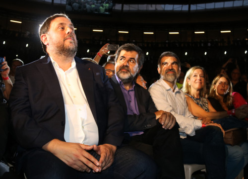 Oriol Junqueras (left), Jordi Sànchez (center) and Jordi Cuixart (right) at an event in favor of the independence referendum on September 14, 2017 (Sílvia Jardí/ACN)