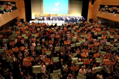 More than 3,000 people attended the National Pact for Referendum's event at Barcelona 'Palau de Congressos' (by ACN)