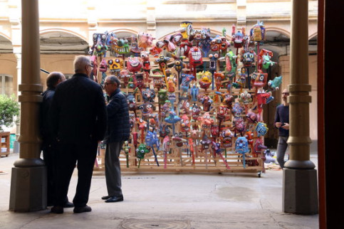 Participative sculpture 'Milcaps' by Marcel·lí Antúnez made possible by people living with mental disorders in various centers at the La Model exhibit on March 13 November 2018 (by Pau Cortina)