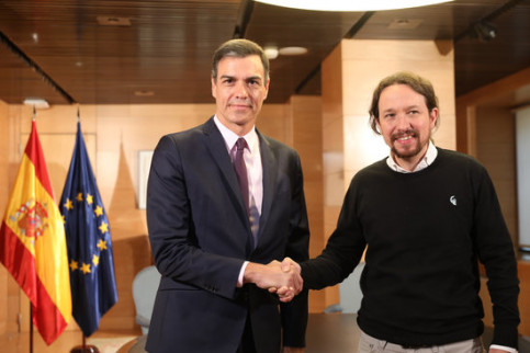 Pedro Sánchez meeting Pablo Iglesias for talks as he tries to form a majority