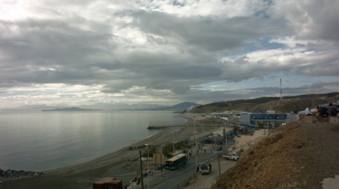 Image of Ceuta's beach in the border between Spain and Morocco (by Metromuster)