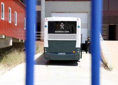 The male prisoners arriving in Zaragoza on Tuesday
