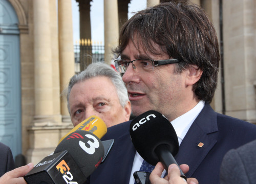 Catalan President, Carles Puigdemont, before the press in Paris (by ACN)
