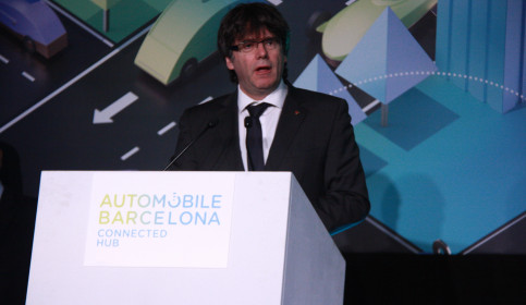 Catalan President, Carles Puigdemont, during the inauguration of 'Automobile Barcelona' at Fira de Barcelona (by ACN)