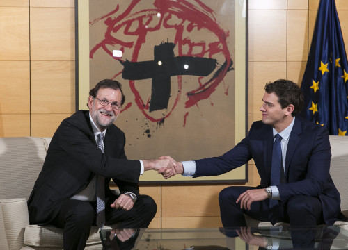 Current Spanish Prime Minister, Mariano Rajoy met Anti-Catalan nationalism Ciutadans' leader, Albert Rivera this Thursday (by PP)