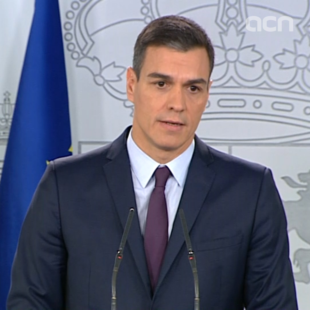 """Between the two options - to do nothing and continue without a budget, or call an election and let the Spanish public decide - I choose the latter,"" says Spanish president Pedro Sánchez"