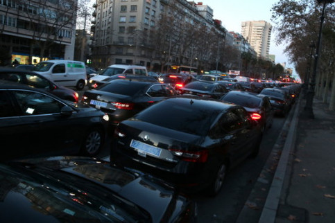 Vehicle traffic on one of Barcelona's busiest roads