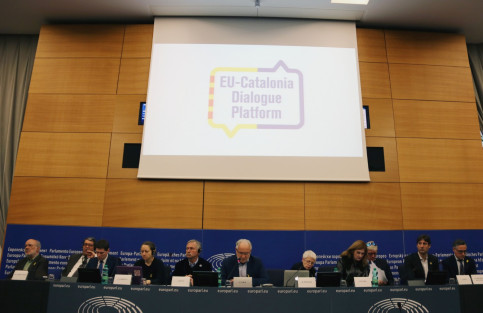 Press conference of the EU-Catalonia Dialogue Platform on the independence trial (by Natàlia Segura)