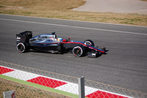 Fernando Alonso prior to his accident on Sunday (by Wayne O'Connor)